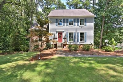 Lilburn Single Family Home For Sale: 1308 Chesapeake Drive SW