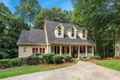 Loganville Single Family Home For Sale: 3135 Berry Road