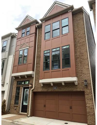Buckhead Single Family Home For Sale: 507 Broadview Place NE