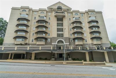 Buckhead Condo/Townhouse For Sale: 2499 Peachtree Road #706