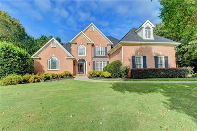 Suwanee Single Family Home For Sale: 5835 Stoneleigh Drive