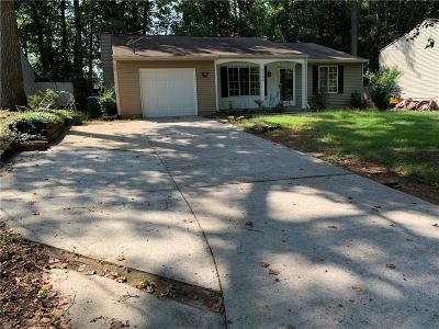 Duluth Single Family Home For Sale: 2160 Hopkins Mill Lane