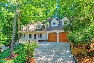 Sandy Springs Single Family Home For Sale: 905 Edgewater Trail
