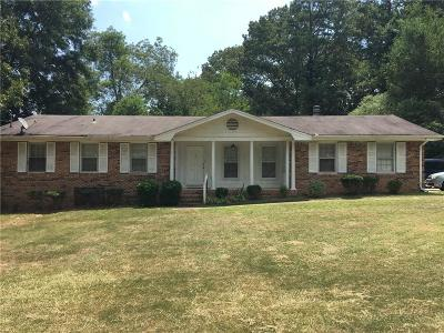 Forsyth County, Gwinnett County Single Family Home For Sale: 5498 Five Forks Trickum Rd Road SW