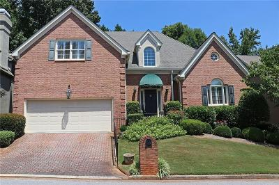 Sandy Springs Single Family Home For Sale: 190 Grosvenor Place