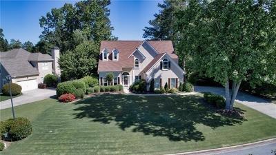 Suwanee Single Family Home For Sale: 6105 Olde Atlanta Parkway