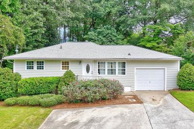 Cobb County Single Family Home For Sale: 979 Bank Street SE