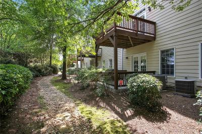 Alpharetta GA Condo/Townhouse For Sale: $316,900