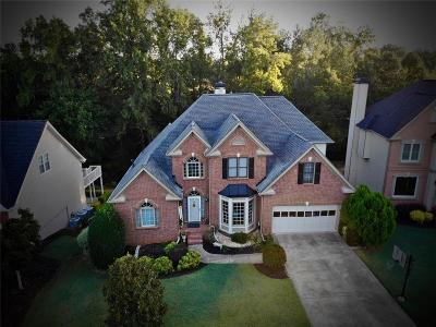 Roswell Single Family Home For Sale: 1040 Wilde Run Court