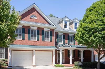 Mableton Condo/Townhouse For Sale: 495 Vinings Estates Drive SE #a05