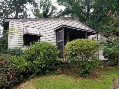 East Point Single Family Home For Sale: 3115 McKenzie Road