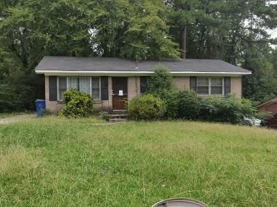 Single Family Home For Sale: 3526 Eisenhower Circle SE
