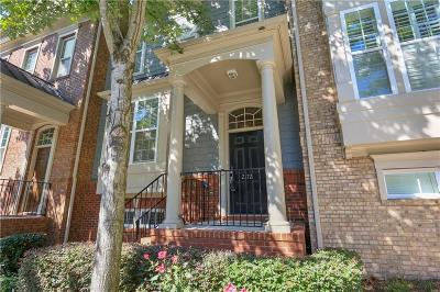 Brookhaven Condo/Townhouse For Sale: 2172 Weldonberry Drive NE