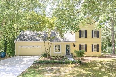 Alpharetta Single Family Home For Sale: 1099 Colony Drive