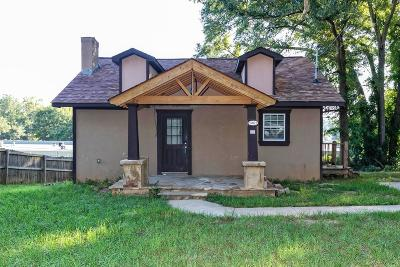 Single Family Home For Sale: 5805 Eastside Drive