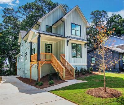 Atlanta Single Family Home For Sale: 266 Lamon Avenue SE