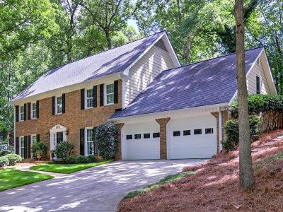 Marietta Single Family Home For Sale: 1612 E Bank Drive