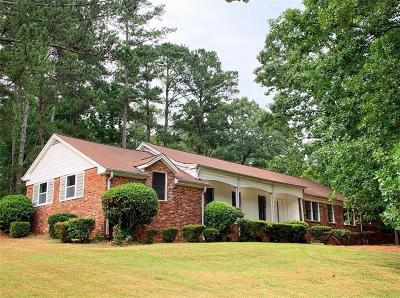 Atlanta Single Family Home For Sale: 2927 Bob White Drive SW