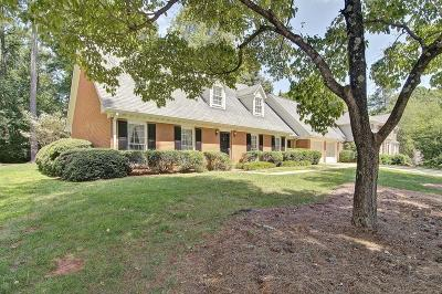 Marietta Single Family Home For Sale: 3305 Casteel Road NE