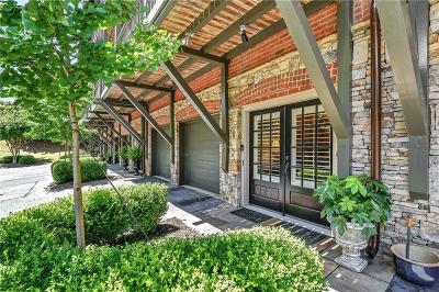 Roswell Condo/Townhouse For Sale: 225 Founders Mill Court