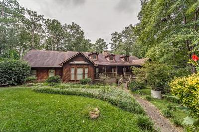 Roswell Single Family Home For Sale: 1570 Woodstock Road