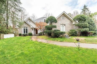 Sandy Springs Single Family Home For Sale: 9930 Huntcliff Trace