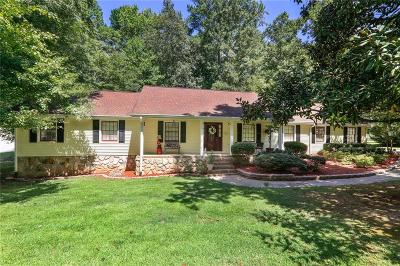 Buford Single Family Home For Sale: 4299 Hamill Drive