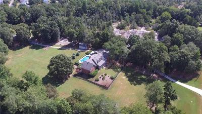 Loganville Single Family Home For Sale: 1885 Temple Johnson Road