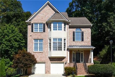 Atlanta Single Family Home For Sale: 992 Wescott Lane