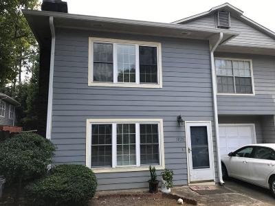 Peachtree Corners, Norcross Condo/Townhouse For Sale: 1028 Mansfield Court #1028