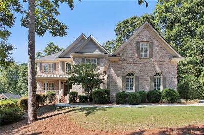 Roswell Single Family Home For Sale: 5030 Huntwood Way