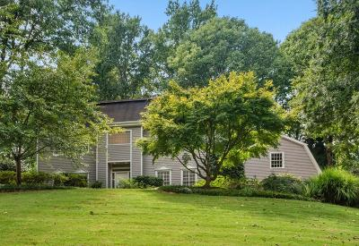 Sandy Springs Single Family Home For Sale: 7455 Old Maine Trail
