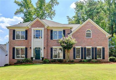 Johns Creek Single Family Home For Sale: 5040 Red Robin Ridge