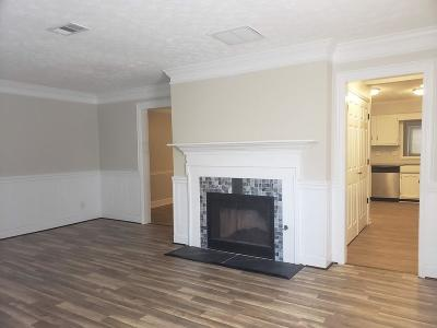 Roswell Condo/Townhouse For Sale: 115 Teal Court