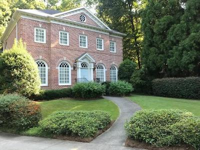 Sandy Springs Single Family Home For Sale: 5185 Falcon Chase Lane