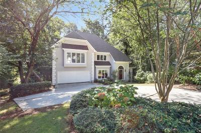 Sandy Springs Single Family Home For Sale: 930 Manchester Place