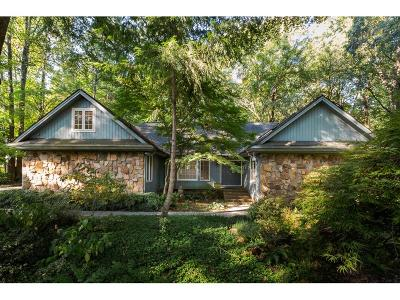 Peachtree Corners Single Family Home For Sale: 4185 Gatewood Lane