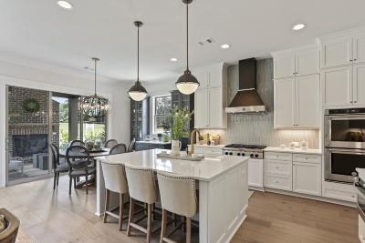 Marietta Condo/Townhouse For Sale: 4145 Avid Park NE #17
