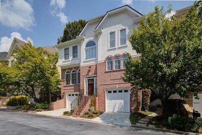 Atlanta Single Family Home For Sale: 2 Highland Park Lane NE