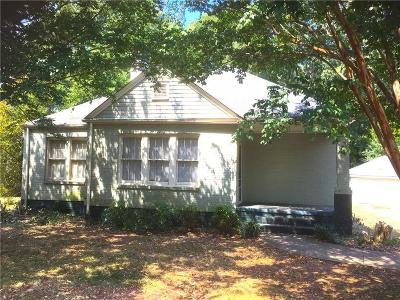 Monroe Single Family Home For Sale: 111 Bold Springs Avenue