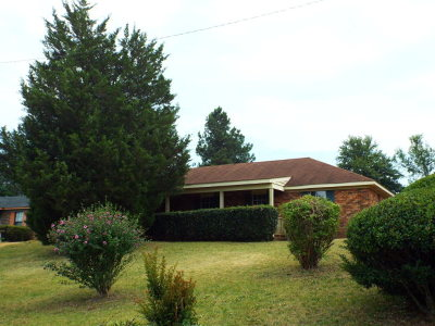 Single Family Home For Sale: 2718 Loren Pkwy