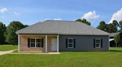 Waynesboro Single Family Home For Sale: 196 Live Oak Drive