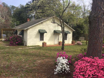 Single Family Home For Sale: 3973 Belair Road