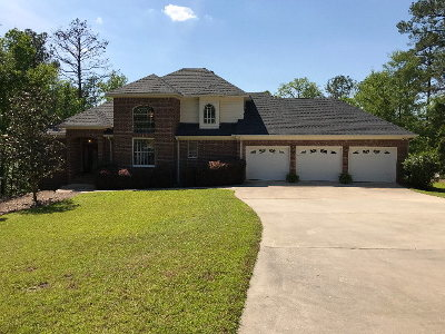Single Family Home For Sale: 124 Waters Edge Drive