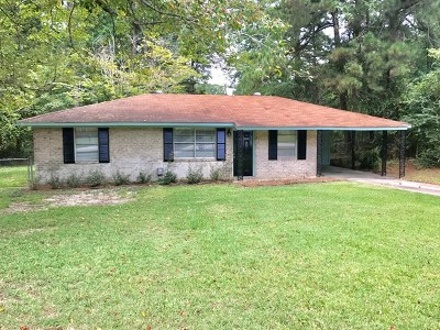 Martinez Single Family Home For Sale: 4527 Colonial Road