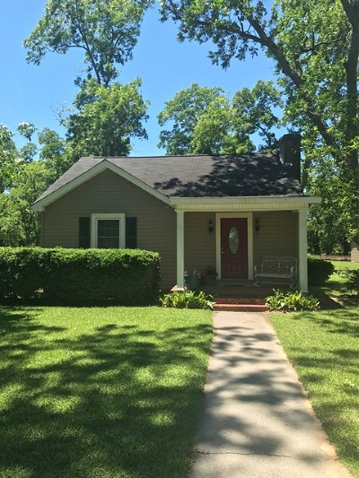Waynesboro Single Family Home For Sale: 285 Lovers Lane