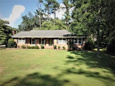Waynesboro Single Family Home For Sale: 639 Cherokee Drive