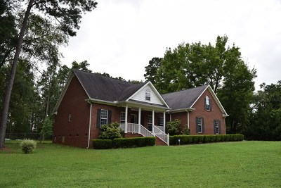 Columbia County Single Family Home For Sale: 2563 Louisville Road