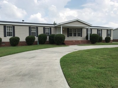 Augusta Manufactured Home For Sale: 2534 Waterfront Drive