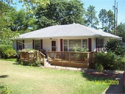 Single Family Home For Sale: 807 Glen